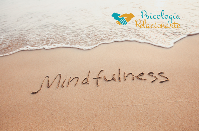 Mindfulness o atención plena es prestar atención al momento presente